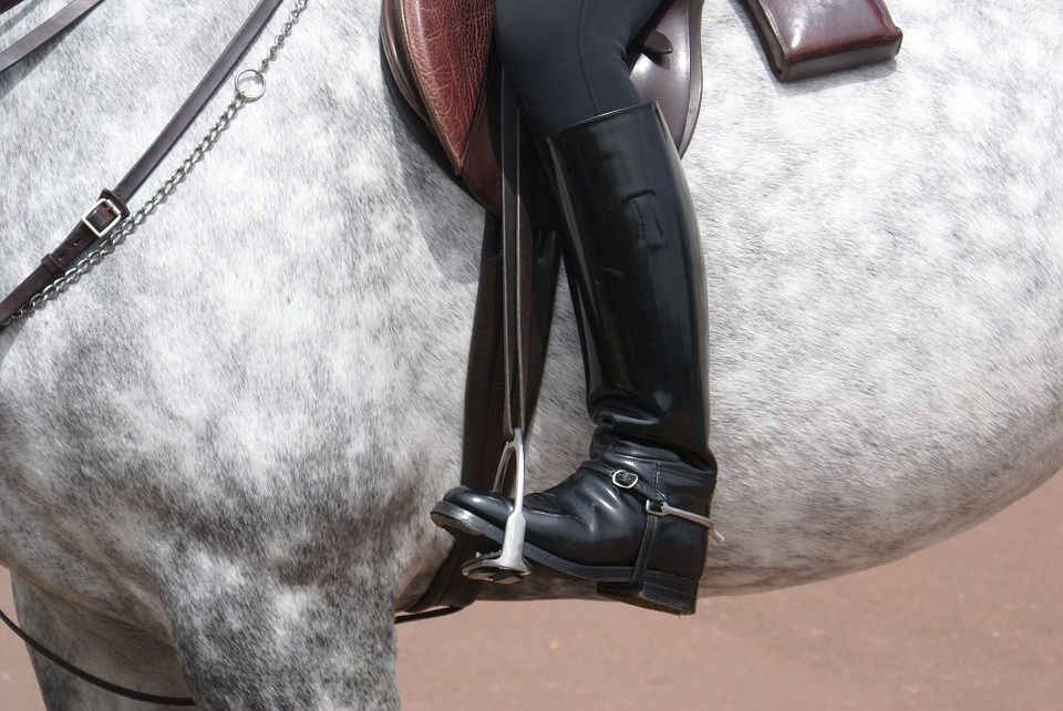 The Kinds of Riding Boots Available for Horse Riding